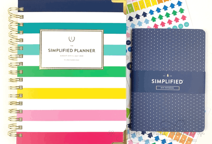 The Daily Simplified Planner Review. This year, I got the daily Simplified Planner in the happy stripe cover with a navy dot mini notebook and stickers galore. The cover is sturdy with lovely gold accents and a double gold coil. My planner held up well to daily use last year and I expect this one will do the same.